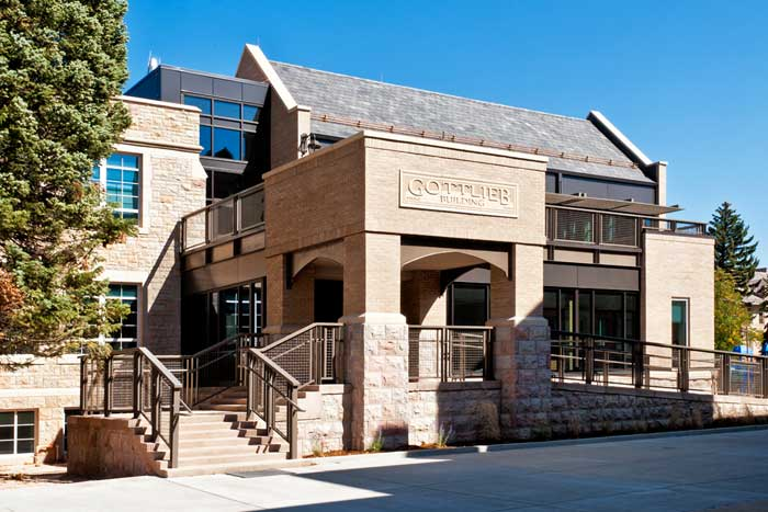 2011 Award of Excellence for Historically Compatible New Construction in a Commercial Property